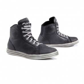 Forma Slam Dry Black White Boots