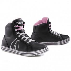 Forma Slam Dry Lady Black White Boots